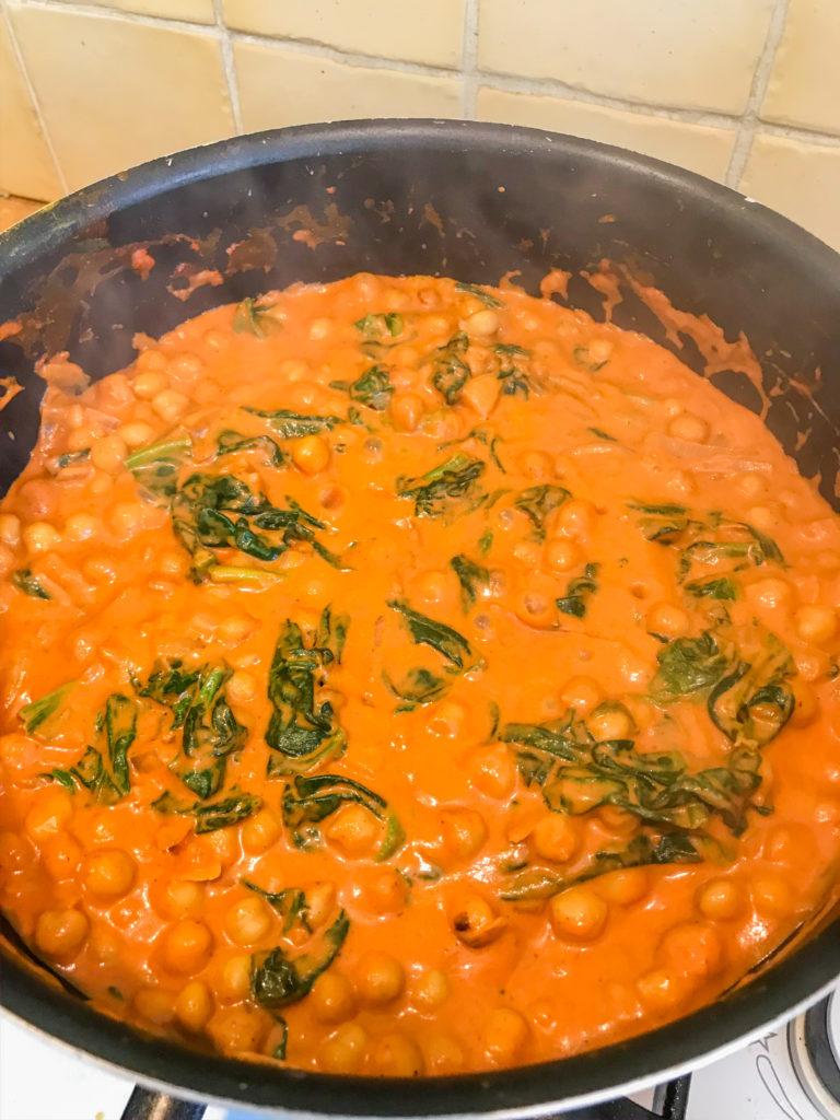 Recette de curry pois chiches et épinards